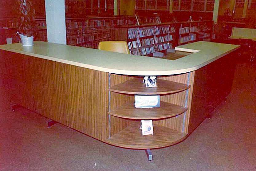 Circulation Desk Rounded East Ridge High School Woodbury Mn
